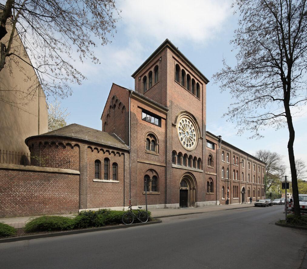 Kloster und Kirche St. Alfons | Bürogebäude