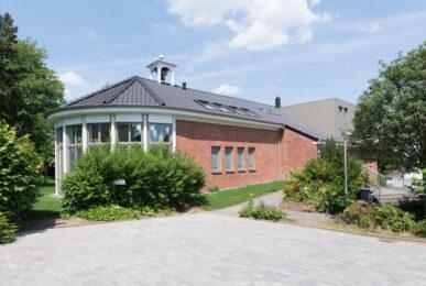Kirche am Brandenberg | Büro und Wohnungen